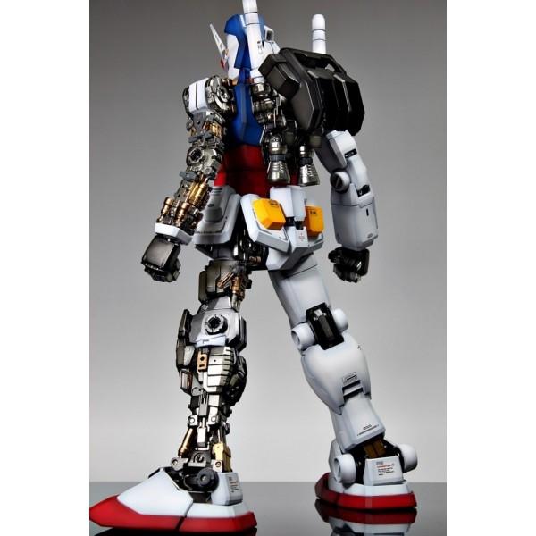 f4a9d775f93 PG RX-78-2 Gundam - Canada Gundam